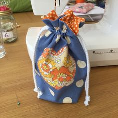 project: Lined drawstring bag materials required: cotton fabric cord, thread… Sewing Hacks, Sewing Projects, Cord, Cotton Fabric, Bags, Handbags, Cable, Cotton Textile, Cords
