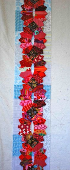 Hanging Lanterns. Wouldn't this make a fabulous quilt border! In my dreams!