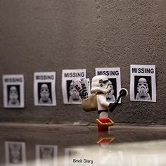 Missing... #legostagram #legophotography #legos #minifigures #legominifigures #legophoto #toyphotography #toystagram #legostarwars #lego #stormtrooper #missingsomeone #starwarsfan Lego Stormtrooper, Figure Photography, Lego Photography, Funny Lego Pictures, Legos, Lego Clones, Lego Knights, Lego Minifigs, Star Wars Wallpaper