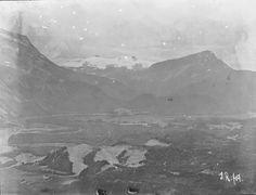 Smaatinder og Siritind fra lien op for Kvæl 1909 fra marcus. Monet, Mountains, Nature, Painting, Travel, Art, Art Background, Viajes, Painting Art