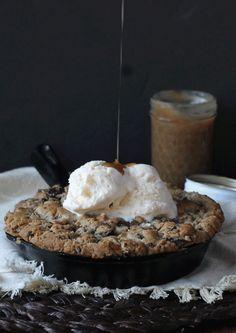Salted Caramel Filled Dark Chocolate Chunk Skillet Cookies | recipe from Bakerita.com