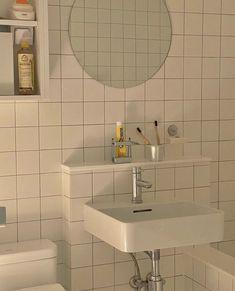 Small Home Interior Home Room Design, Bathroom Interior Design, House Design, Girl Apartment Decor, Pinterest Room Decor, Minimalist Room, Aesthetic Rooms, Dream Rooms, House Rooms