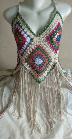 Best Picture For crochet braid styles For Your Taste You are looking for something, and it is going to tell you exactly what you are. Crochet Bolero, Gilet Crochet, Crochet Fringe, Crochet Blouse, Crochet Stitches, Knit Crochet, Crochet Patterns, Amigurumi Patterns, Crochet Ideas