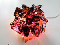Coal fire tutorial for your mini fireplace - and many pics of a cool dollhouse