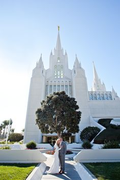 Chelsey and Justin | Corondao + LDS Wedding| Aptera Studios-6 #coronadobeachwedding #sandiegobeachwedding #ldswedding #sandiegowedding #romance #lovelove #wedding #bride #groom #truelove