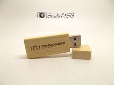 Pendrive Wood Slim Bambu - By Evandro Mandu