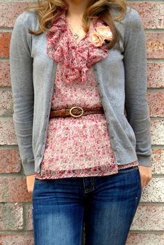 Love the pink & gray combination, accented by the brown belt. Pairing ruffles with a cardigan is a perfect balance! #thrift