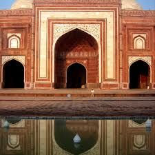 http://newdelhi.olx.in/agra-honeymoon-tour-packages-91-9999105555-iid-570362385