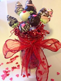How to cake ball/pop bouquet!  Step by step on how to make cookie dough pops (recipe for egg-free chocolate chip cookie dough & sugar cookie dough included), and assemble this bouquet!  Valentine's Themed!