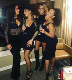 Birthday night with these ones  #birthday #birthdaynight #party #celebration #mygirls #lovethem #mybeauties #friends #bestnight #thankyou #girls #grandhyatt #champagne #melbourne #australia #tattoo #ink #inked #inkedgirls #inkedgirlsdoitbetter