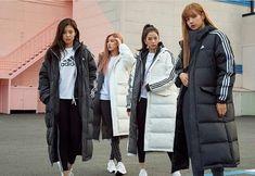 Blackpink x Adidas Blackpink Fashion, Korean Fashion, Winter Fashion, Fashion Outfits, Kim Jisoo, Black Pink Kpop, Blackpink Photos, Adidas Outfit, Jennie Blackpink