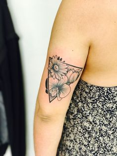 Tattoo flower/ orchid/ daisy/ tulip/