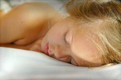 Ako bojovať proti nespavosti? Koľko spať? A ako mať pekné a živé sny?