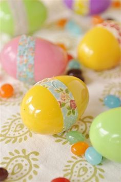 Washi eggs@yourhomebasedmom.com  #easter, #washitape,#craftideas