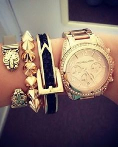 Love Mine :) Michael Kors Watch Rose Gold