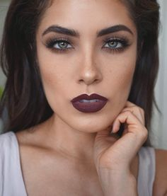 """""""You guys asked for it, so you got it! Created a tutorial for the look I had on in my Favorite Fall Lipsticks video! Video will be up tonight! #TGIF …"""""""