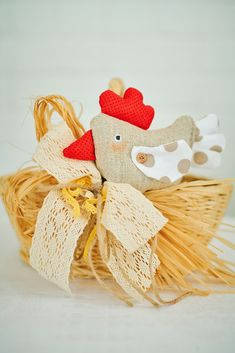 Eco friendly Easter basket, Wicker basket with Natural decor, Handmade Easter chicken toy, Beautiful Easter Gift for kids, Easter Decor Easter Gift, Easter Decor, Chicken Toys, Eco Friendly Toys, Nature Decor, Easter Baskets, Natural Materials, Wicker Baskets, Paper