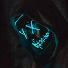 Make this Halloween your most lit one with this Purge Halloween LED Mask. Illuminate the eery night with this Purge inspired Halloween face mask sure to make heads turn. Hacker Wallpaper, Nike Wallpaper, Supreme Wallpaper, Phone Screen Wallpaper, Cool Wallpaper, Halloween Face Mask, Halloween Makeup, Purge Mask, Glow Mask