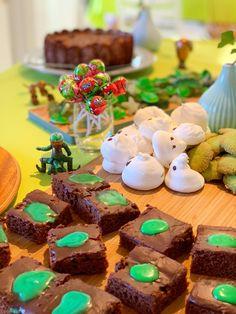 hembakat Breakfast, Food, Birthday Ideas, Party Ideas, Halloween, Ideas, Dekoration, Morning Coffee, Essen