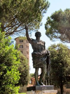 Natalie Justine : Giro d'Italia 2014 Powrót do przeszłości Greek, Statue, Italia, Greece, Sculptures, Sculpture