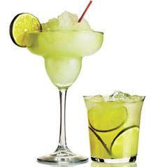 Bring on the SUMMER. 7 Best Margarita Recipes Frozen, fruity, or on the the rocks, find the perfect margarita recipe to fit your taste. Best Margarita Recipe, Margarita Recipes, Cocktail Recipes, Perfect Margarita, Drink Recipes, Cooking Photos, Cooking Tips, Cooking Recipes, Fun Drinks