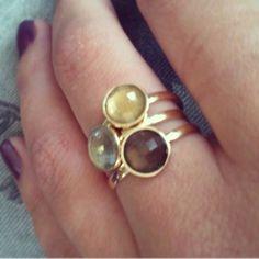 Anéis avulsos em Ouro amarelo! AP338 Citrino, quartzo fumê e prasiolita.  Usados juntos ou separados, #anel #ouro #gabrielaaiex #designerdejoias #citrino #quartzofumê #prasiolita #joia #ring #delicado #presente #namorada #15anos #casamento #aniversario #mulher #acessorio #gold #moda #18k #pedrasbrasileiras #gemas #noivado #noiva
