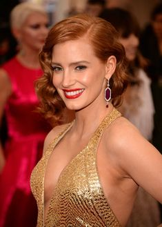 Curly Hairstyles: Jessica Chastain - CosmopolitanUK