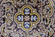 All sizes | Gaudí's multicolored mosaic [Park Güell], Barcelona | Flickr - Photo Sharing!