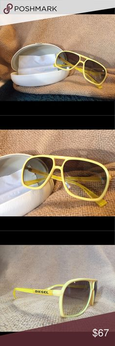 Diesel Men's Sunglasses Yellow Nei-Pilot style This is a new without tag Diesel eyewear. Never worn before. Brand new!! Great color for summer! Diesel Accessories Sunglasses