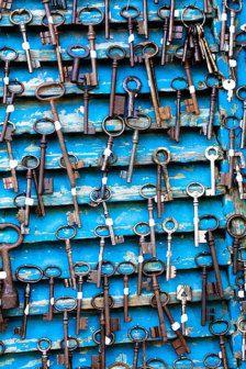 Rebecca Plotnick - Antique keys at flea market in Paris