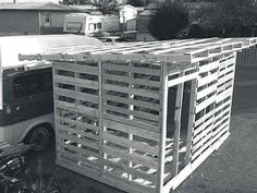 Recycled Pallets Ideas Rural Canadian shares how to build a garden shed with unconventional building plans and recycled pallet wood. - Rural Canadian shares how to build a garden shed with unconventional building plans and recycled pallet wood. Wood Shed Plans, Diy Shed Plans, Storage Shed Plans, Diy Storage, Barn Plans, Garage Plans, Building A Chicken Coop, Building A Shed, Building Plans