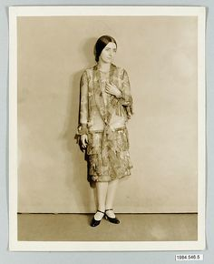 8 x 10 inch black and white photograph of model wearing dress made from Stehli Silks Americana Print collection. 1925.