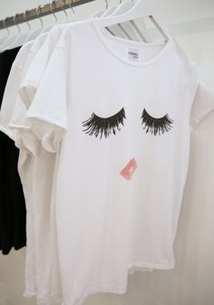 Minimal lips and eyes printed white shirt Estilo Fashion, Look Fashion, Mode Style, Style Me, Mascara 3d, Indie, Cybergoth, Bella Thorne, Dress Me Up