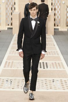 Look 39 from the Louis Vuitton Men's Spring/Summer 2014 Fashion Show. ©Louis Vuitton / Ludwig Bonnet