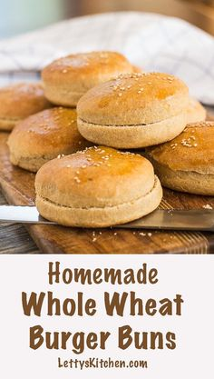 Healthy easy recipe for best homemade whole wheat burger buns. Great for veggie burgers and hamburgers. Healthy easy recipe for best homemade whole wheat burger buns. Great for veggie burgers and hamburgers. Whole Wheat Hamburger Bun Recipe, Whole Wheat Bun Recipe, Homemade Burger Buns, Homemade Hamburgers, Dairy Free Recipes, Vegan Recipes, Bread Recipes, Healthy Hamburger, Hamburger Recipes