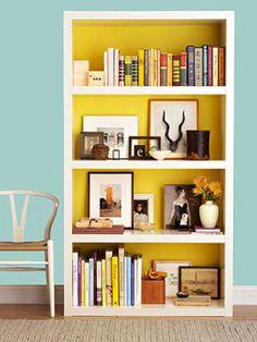 Só não me agrada a cor amarela, mais a estante é linda !!