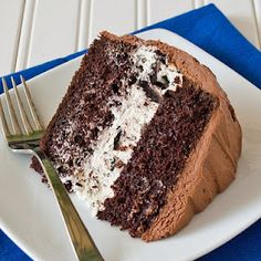 Chocolate cake with cream cheese Oreo filling. Yum! I think I will make this when we celebrate the twins' and my mom's birthdays next weekend!! =]