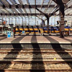 #mindfulness #zen mode found at train station #rotterdam #ikzieikzie #miksang moment #instawalk epic #photography #zen #photowalk by Melanie E. Rijkers www.artstudio23.com