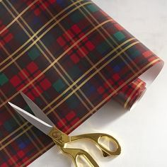 Super Cute Holiday Wrapping Paper You *Won't* Want to Rip Up Tartan Christmas, Christmas Love, Christmas Holidays, Christmas Gifts, Christmas Decorations, Christmas Ideas, Holiday Gifts, Scottish Plaid, Christmas Gift Wrapping
