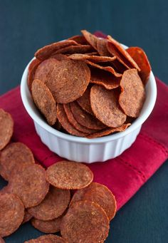 Pepperoni Chips - A quick snack that's incredibly crunchy, crispy and addicting!(Healthy Low Carb Chips)
