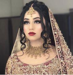Pakistani Bridal Makeup Hairstyles, Pakistani Wedding Outfits, Pakistani Bridal Dresses, Bride Hairstyles, Shadi Dresses, Bridal Mehndi Dresses, Asian Bridal Dresses, Bridal Dress Design, Wedding Dresses For Girls