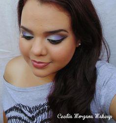 Sombras: branco, azul celeste, roxo-azulado e esfumado marrom/preto.