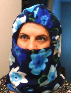 Tutorial: Fleece Balaclava @ Wedding Dress Blue