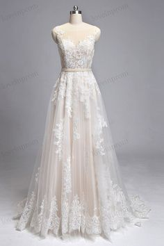 Vintage lace wedding dress, wedding dress, bridal gown, sleeveless illusion back sweep train lace dress for wedding with champagne lining ZP8 Rush order link : https://www.etsy.com/listing/204394416/rush-order-for-the-custom-made-dresses? Fabic/color sample link: https://www.etsy.com/listing/202864583/color-sampleschiffon-fabric-swatch?ref=shop_home_active_1 Size/Measurements Chart link : https://www.etsy.com/li...