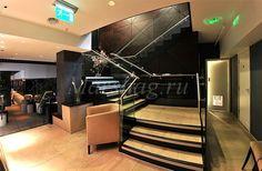 Лестница из стекла и стеклянные перила под заказ (495)998-73-71. http://marshag.ru/