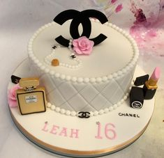 Chanel+Birthday+Cake+-+Cake+by+Lorraine+Yarnold