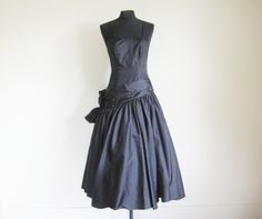 Vintage 80's Black Taffeta Prom Dress by perniejaynevintage