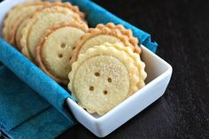 Very similar to shortbread cookies, these easy butter cookies are delicate, sweet and perfect to enjoy with a cup of hot tea or coffee.