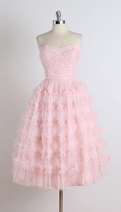 Andrew's Date . vintage 1950s dress . by millstreetvintage
