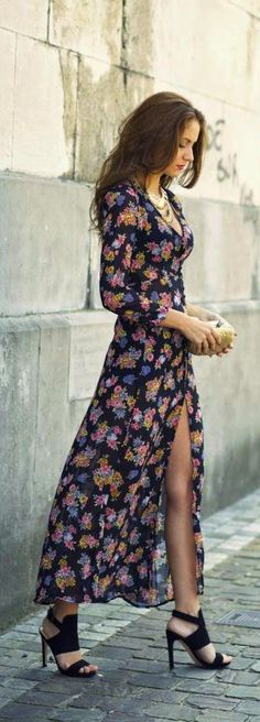 Spring / Summer Floral Print Maxi Dress with Gorgeous Necklace and Comfy Shoes Outfit.